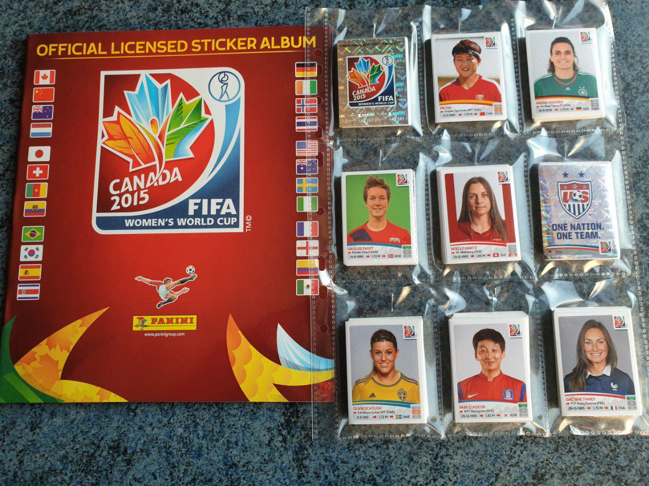 Panini Women WC 2015 Set complet 478 images
